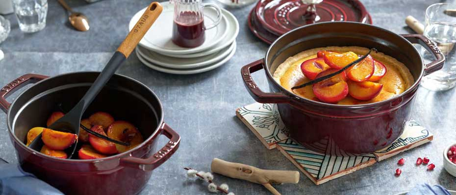 Staub kitchen articles from emailled cast iron, as sample cocotte