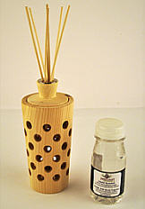 Swiss pine wood room scent diffuser set with replacement bottle