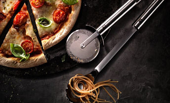 Zwilling® - Kitchen gadgets and scissors